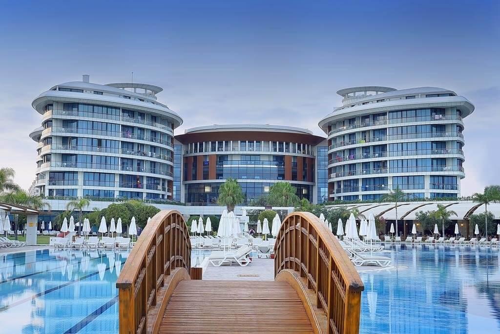 رزرو هتل ترکیه در شهر های استانبول و وان