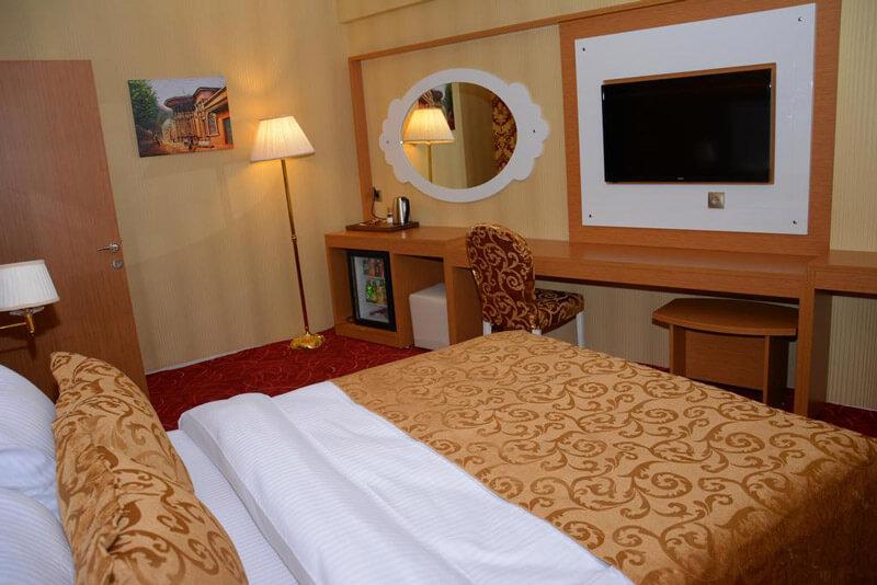نمایی از یک اتاق هتل هالدی